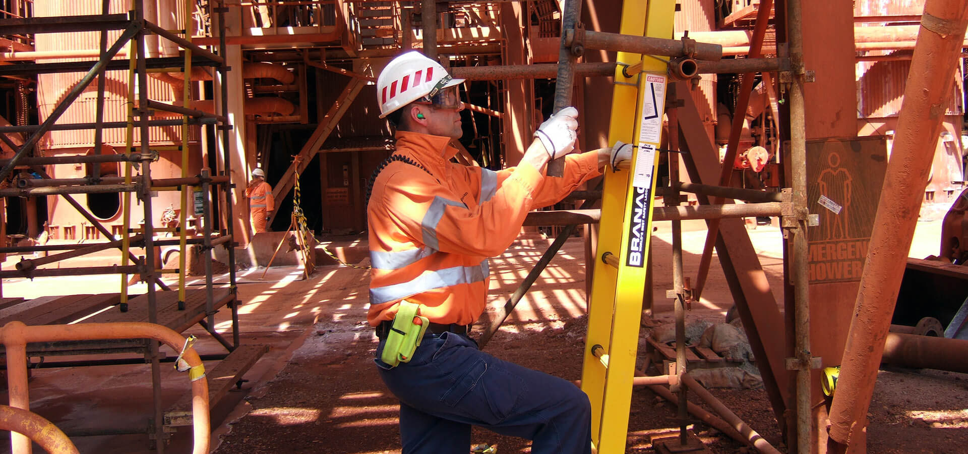 The Branach fibreglass CorrosionMaster Extension Ladder in a mining environment.